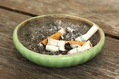 Καπνισμένα τσιγάρα Στοκ φωτογραφία με δικαίωμα ελεύθερης χρήσης