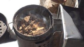 Καπνιστής μελισσών καπνού Στοκ Φωτογραφία