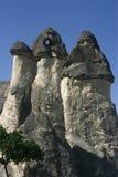 Καπνοδόχοι νεράιδων σε Capadoccia Στοκ Εικόνες