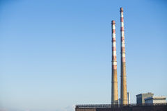 καπνοδόχος βιομηχανική Στοκ φωτογραφία με δικαίωμα ελεύθερης χρήσης