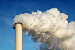 Καπνοδόχος εργοστασίων Στοκ Φωτογραφίες