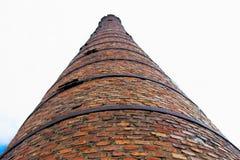 Καπνοδόχος τούβλου του παλαιού σπιτιού λεβήτων Στοκ Εικόνες