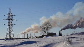 Καπνός από το σωλήνα εργοστασίων απόθεμα βίντεο