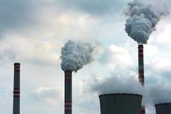 καπνός ισχύος εργοστασίων Στοκ Εικόνα