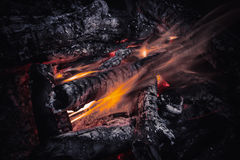 Καπνός και φλόγα Στοκ εικόνα με δικαίωμα ελεύθερης χρήσης