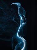 Καπνός που απομονώνεται αφηρημένος στο Μαύρο. Υπόβαθρο Στοκ φωτογραφίες με δικαίωμα ελεύθερης χρήσης