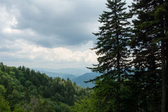 Καπνώές τοπίο βουνών στοκ φωτογραφίες