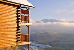 καπνώδης όψη βουνών καμπινών στοκ φωτογραφία
