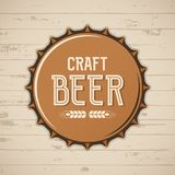 ΚΑΠ μπουκαλιών μπύρας τεχνών Διανυσματικό λογότυπο ζυθοποιείων, έμβλημα, διακριτικό απεικόνιση αποθεμάτων