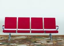 Καρέκλα αερολιμένων κενή Στοκ φωτογραφίες με δικαίωμα ελεύθερης χρήσης
