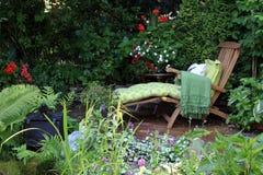 Καρέκλα σαλονιών κήπων Στοκ Εικόνες