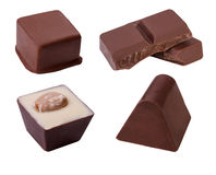 Καραμέλες σοκολάτας που απομονώνονται στην άσπρη ανασκόπηση Στοκ Εικόνα