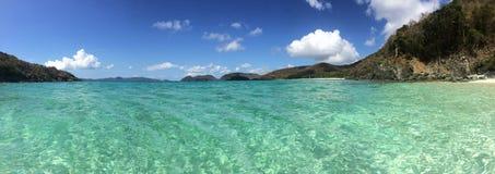 Καραϊβικοί Παρθένοι Νήσοι ST John πανοράματος παραλιών Στοκ φωτογραφία με δικαίωμα ελεύθερης χρήσης