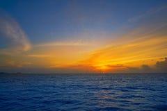 Καραϊβικό ηλιοβασίλεμα στη θάλασσα Στοκ φωτογραφία με δικαίωμα ελεύθερης χρήσης