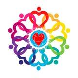 Καρδιά Άνθρωποι από όλο ο κόσμος που κρατούν τα χέρια απεικόνιση αποθεμάτων