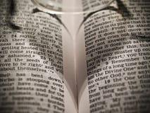 καρδιά βιβλίων ανοικτή Στοκ φωτογραφία με δικαίωμα ελεύθερης χρήσης