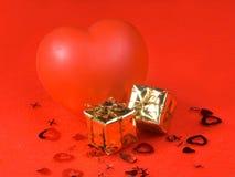 καρδιά δώρων τσαντών Στοκ Εικόνες