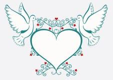 καρδιά πλαισίων περιστερ& Στοκ εικόνες με δικαίωμα ελεύθερης χρήσης