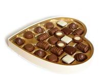 καρδιά σοκολατών κιβωτίων που διαμορφώνεται στοκ φωτογραφίες με δικαίωμα ελεύθερης χρήσης