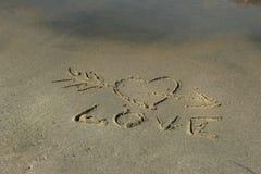 Καρδιά στην άμμο Στοκ φωτογραφίες με δικαίωμα ελεύθερης χρήσης