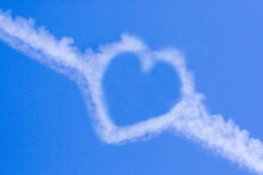 καρδιά σύννεφων Στοκ φωτογραφία με δικαίωμα ελεύθερης χρήσης