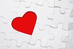 καρδιά τορνευτικών πριονιών pussle Στοκ φωτογραφία με δικαίωμα ελεύθερης χρήσης