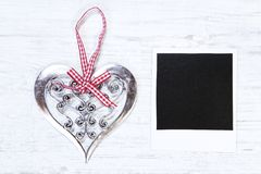 Καρδιά Χριστουγέννων και η κενή εικόνα στοκ εικόνες