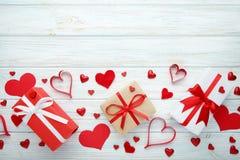 καρδιές δώρων κιβωτίων στοκ φωτογραφία με δικαίωμα ελεύθερης χρήσης