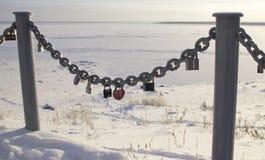 Καρδιές στην κλειδαριά στοκ φωτογραφία με δικαίωμα ελεύθερης χρήσης