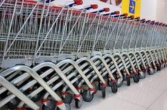 καροτσάκια αγορών Στοκ Εικόνες