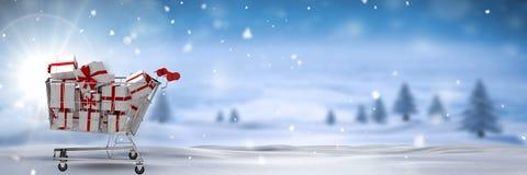 Καροτσάκι αγορών με τα δώρα στο χειμερινό τοπίο Χριστουγέννων Στοκ εικόνες με δικαίωμα ελεύθερης χρήσης