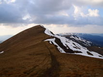 Καρπάθια βουνά 3 κάτω από το χιόνι την άνοιξη Στοκ φωτογραφίες με δικαίωμα ελεύθερης χρήσης