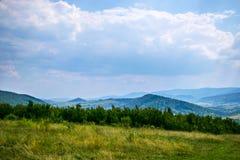 Καρπάθια βουνά στο τέλος του καλοκαιριού Στοκ φωτογραφία με δικαίωμα ελεύθερης χρήσης