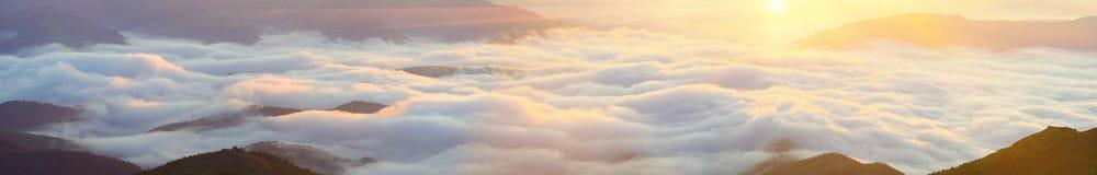 Καρπάθια θάλασσα της Misty Στοκ Φωτογραφίες