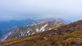 Καρπάθια κορυφαία όψη βουνών Στοκ φωτογραφίες με δικαίωμα ελεύθερης χρήσης