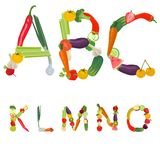 καρποί αλφάβητου που γίνονται τα λαχανικά Στοκ εικόνα με δικαίωμα ελεύθερης χρήσης
