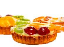 καρπός κέικ που απομονώνε& Στοκ Εικόνες