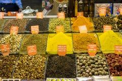 Καρυκεύματα και γλυκά σε μεγάλο Bazaar Στοκ φωτογραφία με δικαίωμα ελεύθερης χρήσης