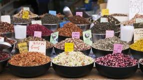Καρυκεύματα, ferbs και ξηρά φρούτα Στοκ φωτογραφίες με δικαίωμα ελεύθερης χρήσης