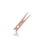 καρφίτσα ενδυμάτων ξύλινη beeing έννοιας λευκό τεχνολογίας συνδέσμων απομονωμένο εστίαση καλυμμένο στούντιο Στοκ εικόνα με δικαίωμα ελεύθερης χρήσης