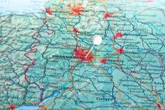 Καρφίτσα στο χάρτη με το Μπέρμιγχαμ Στοκ Φωτογραφία