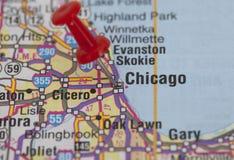 καρφίτσα του Σικάγου που δείχνει το κόκκινο ώθησης στοκ εικόνες