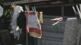 Καρφωμένα κάλτσες και υφάσματα απόθεμα βίντεο