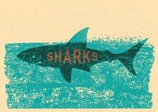 Καρχαρίας που κολυμπά στη θάλασσα στην παλαιά αφίσα εγγράφου Στοκ φωτογραφία με δικαίωμα ελεύθερης χρήσης