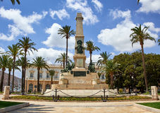 Καρχηδόνα, Ισπανία - 13 Ιουλίου 2016: Μνημείο στους ήρωες Cavite και του Σαντιάγο de Κούβα Στοκ Εικόνες
