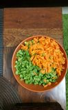 Καρότα και φρέσκες περικοπές φασολιών Στοκ Εικόνα