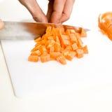 καρότο που τεμαχίζεται Στοκ Φωτογραφίες