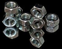 καρύδια μετάλλων Στοκ φωτογραφία με δικαίωμα ελεύθερης χρήσης