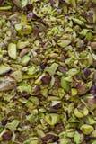 Καρύδια τεμαχισμένα μεγάλο ποσό φυστικιών Στοκ Εικόνες