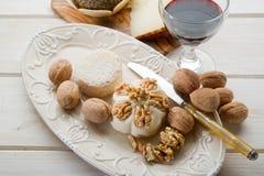 καρύδια τυριών Στοκ φωτογραφίες με δικαίωμα ελεύθερης χρήσης